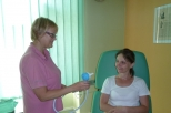 Připrava-s-poučenim pacientky před aplikaci..